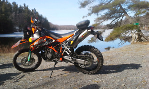 KTM 950 Super Enduro Low Miles