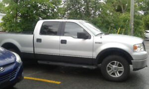 2006 f150 xlt very well mantained . Trade for classic car