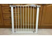 Lindam Stair Gate Safety gate