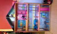 Grande maison de Barbie