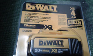 NEW  Dewalt 4AH 20V Battery