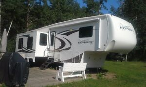 2013 Excel Winslow fifth wheel