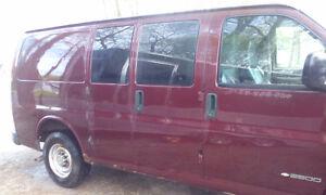 1999 Chevrolet Express 2500 Minivan, Van