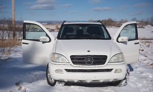 2003 Mercedes-Benz M-Class 3.2L SUV, Crossover