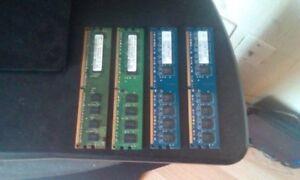3 Barettes de mémoire RAM , 3 gig totale DDR2 800 mhz