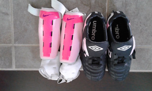 Soccer cleats and shin guards girls size 3