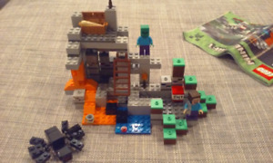 Lego Minecraft - The Cave 21113