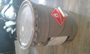 I need a empty steel 5 gallon pale with steel lid ? Msg