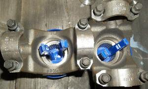 """2- SPICER #9669965 1350 SERIES GM 10 BOLT YOKES FOR 8.5"""" Belleville Belleville Area image 2"""