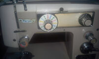 Marvel de Luxe sewing machine with desk & matching stool ******