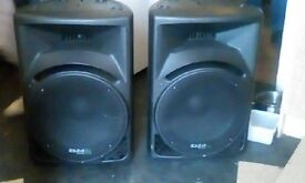 ibiza 15 inch powered speakers 900 watt per side for a dj or pa