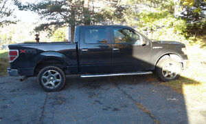 2013 Ford F-150 Black Pickup Truck