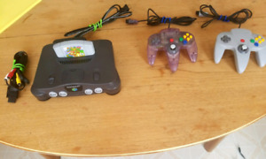 N64 with Super Mario 64 & 2 Controllers