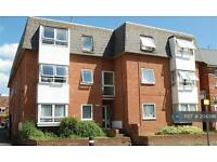 1 bedroom flat in Kingsholm Road, Gloucester, GL1 (1 bed)