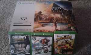 Xbox 1 accessories  and 3 games