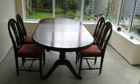 Recency style extending dining table
