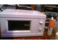 Argos value microwave 700w