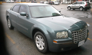CHRYSLER 2005 300-SERIES/E-TEST AND SAFETY/LOW KM 169,000