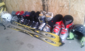 Child and youth ski boots helmet