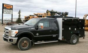 2011 Ford F-350 XLT Super Duty Service Truck - 136,500 KMS