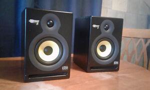 KRK Systems ROKIT 5s - 100W powered monitor speakers