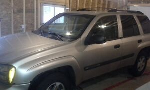 2004 Chevrolet Trailblazer LT SUV, Crossover