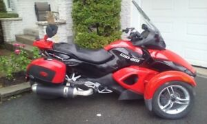 superbe spyder 2008 GS 5MS  condition showroom