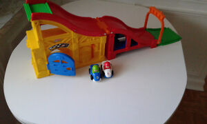 Fisher Price Little People Ramp and Cars