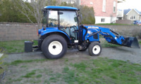 Tracteur New Holland Bommer 47.