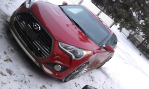 2017 Hyundai Veloster Turbo low kms. as is