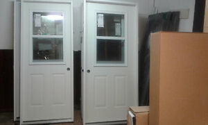 WHITE EXTERIOR STEEL VENTED DOOR