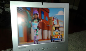 """SAMSUNG Sync Maste 150M LCD COMPUTER monitor with TV tuner - 15"""""""