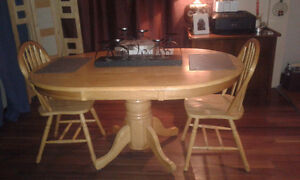 Pine Kitchen Table & 3 Chairs