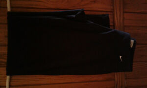 Nike FitDry Yoga style pants e excellent condition