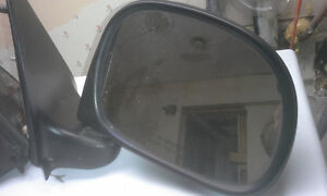 PAIR OF MIRRORS for 1997-2003.5 FORD F150. NOT POWER Peterborough Peterborough Area image 3