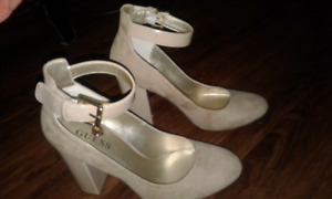 GUESS heels size: 7 New (without box)