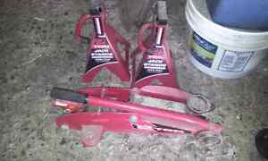 2 ton floor jack and axle stands