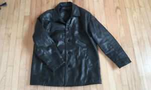Alaska Black Leather Coat / Manteau en Cuir Noir