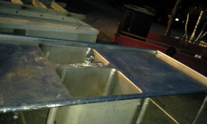 Table de travail stainless