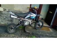 Welsh pit bike 140cc race cam engine