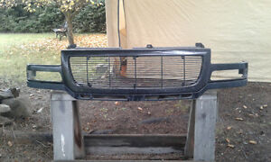 2003 to 2006 GMC 2500HD Billet Grill