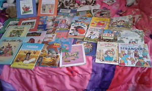 huge lot of kids books