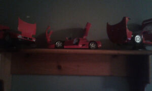 Looking for 1/18 scale diecast Ferraris