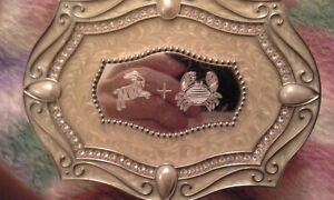 GREAT LOOKING ANTIQUE TRINKET BOX A MUST SEE ITEM