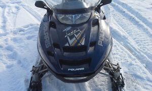 polaris 600 edge touring 2005  DOIT PARTIR............