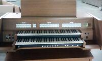 D.H. Baldwin Classical Organ
