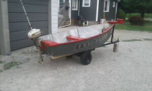** 10 ft Aluminum fishing boat + trailer + motor $1000 obo