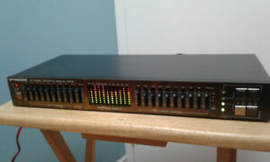 Stereo Graphic Equalizer 10 Band with Spectrum Display Pyramid
