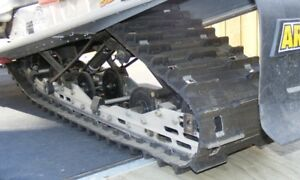 """Firecat Track 13.5"""" x 1"""" in good condition lower Km's"""