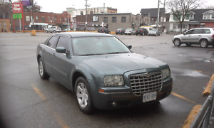 2005 CHRYSLER-300 SERIES-E-TEST AND SAFETY-LOW KM 167,000 ONLY